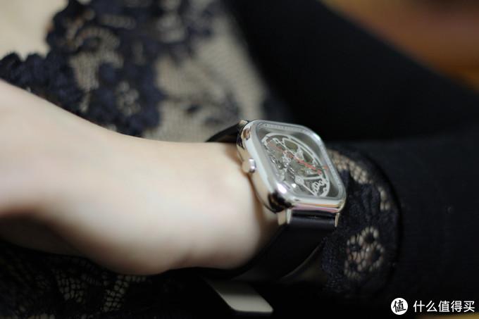 明明白白我的心,媳妇当模特--CIGA Design玺佳全镂空机械腕表测评