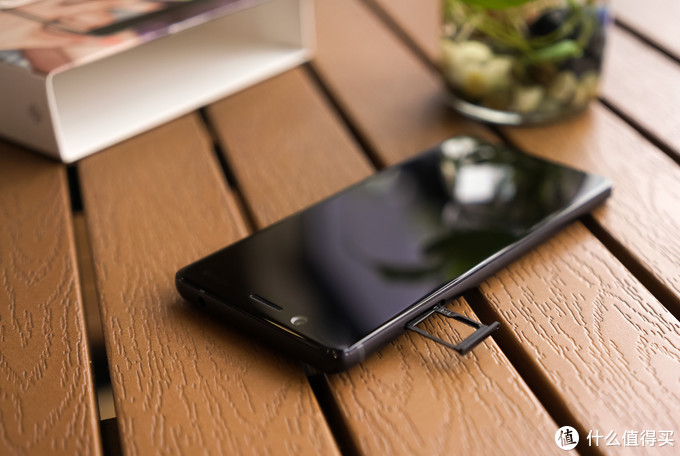 情怀依旧,实力尚存——Nokia 7手机评测