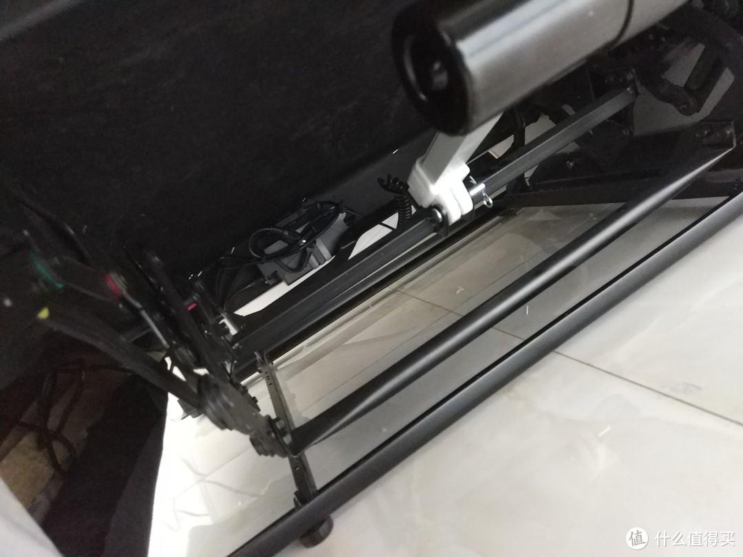 电动座椅底部细节