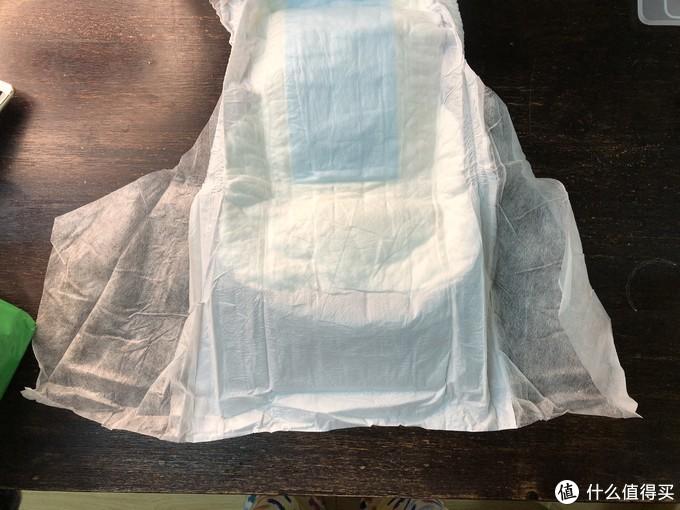 内含一个实验,和一个视频的,陪维尔成人纸尿裤开箱评测