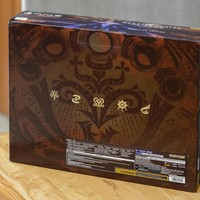 SONY 索尼 PS4 Pro 怪物猎人世界限定版 游戏机开箱介绍(包装|手柄|机盖|机身)
