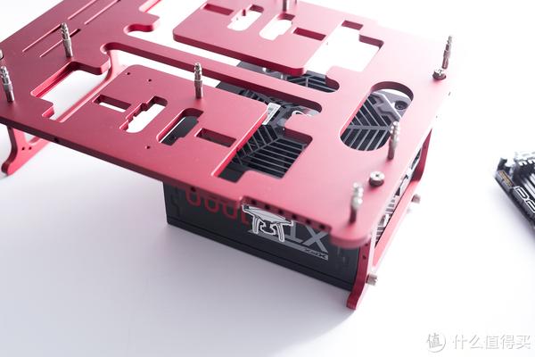 真买U送显卡,怼死i3 8100?AMD Ryzen3 2200G+华硕TUF B350M-PLUS首测