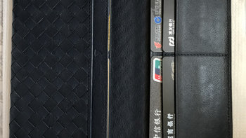 Bottega Veneta BV 120697 V.S. 土屋鞄制造所 KN1313NV 编制款 钱包使用总结(零钱袋|卡位|尺寸|编织|编织)