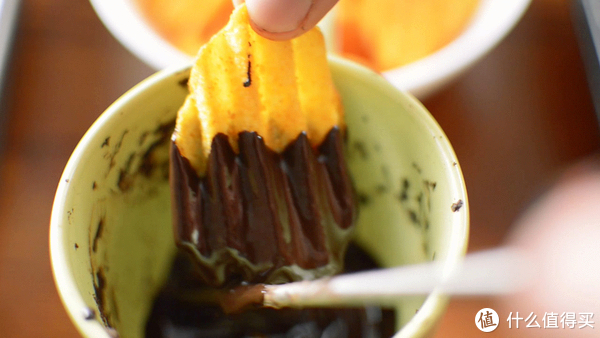宅人过节,自制经济实用情人节零食:巧克力薯片