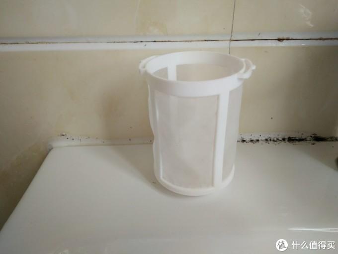 懒媳妇的居家助理——日立R10DAL充电吸尘器