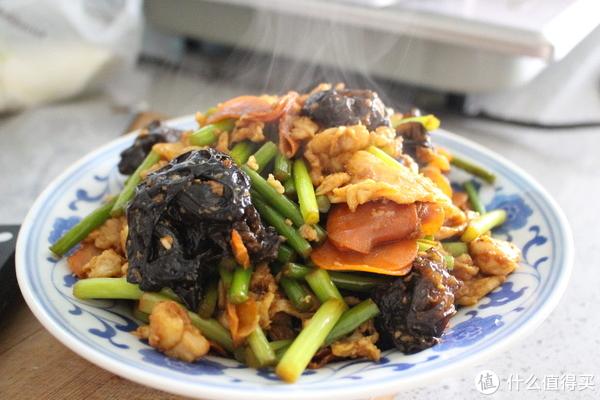 来做一道山西的简单家常菜—过油肉