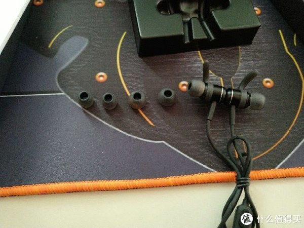 意外的收获:KUGOU 酷狗 小酷 M1 设计版 耳机 开箱