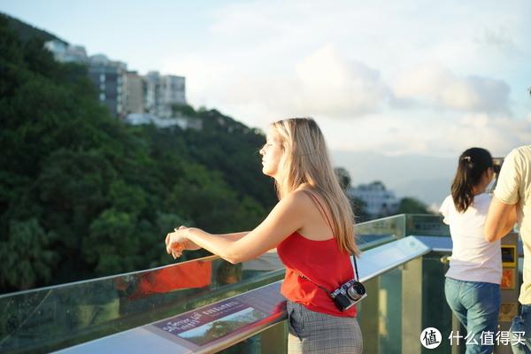 我眼中那绚丽多彩的香港