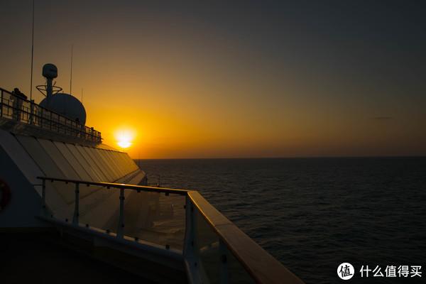中国船上的中国年—2018除夕天海新世纪号跨年