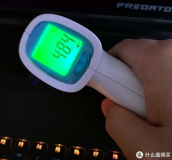 #本站首晒#顶配游戏本是什么体验:Acer 宏碁 Predator 掠夺者 Triton700 游戏本 简用简评