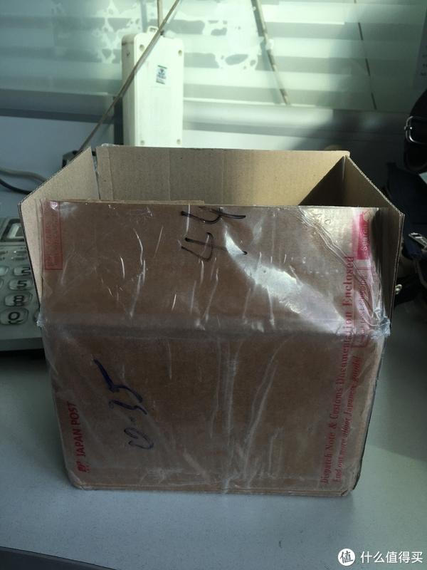 简陋的小纸箱