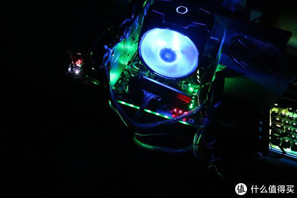 轻松超频,不停折腾:MAXSUN 铭瑄 Z370 主板和Intel 英特尔 i7-8700K 处理器