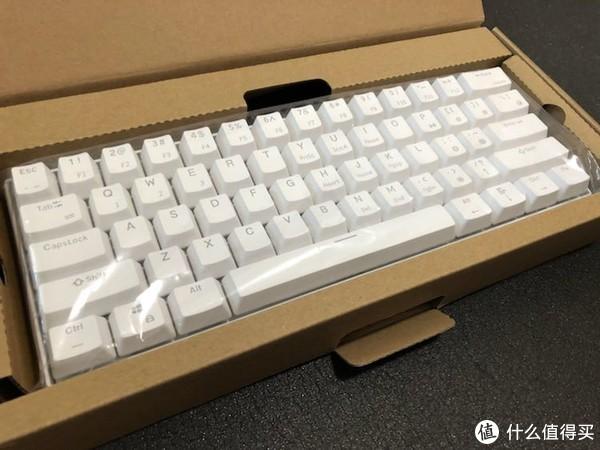 #原创新人#也许是最便宜的Cherry RGB键盘—Ganss 高斯 ALT61 RGB红轴 机械键盘 开箱简评