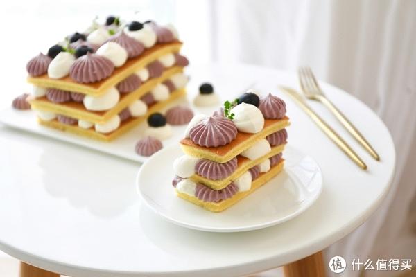 Freesiaa Made 篇六十七:【视频】蓝莓酸奶裸蛋糕(附自制希腊酸奶方法)