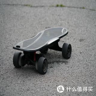 顺畅的巡航,强劲的动力-iFASUN智能电动四轮金刚滑板车