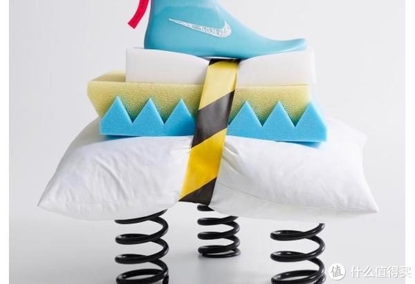 #女神节礼物# 松糕鞋的复辟—最近出的那些厚底跑鞋们