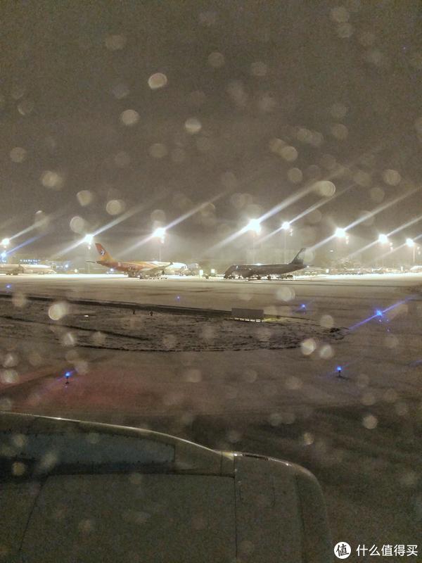 冰雪大冒险:FM9451/B-2563,上海虹桥—昆明,上海航空公务舱飞行体验