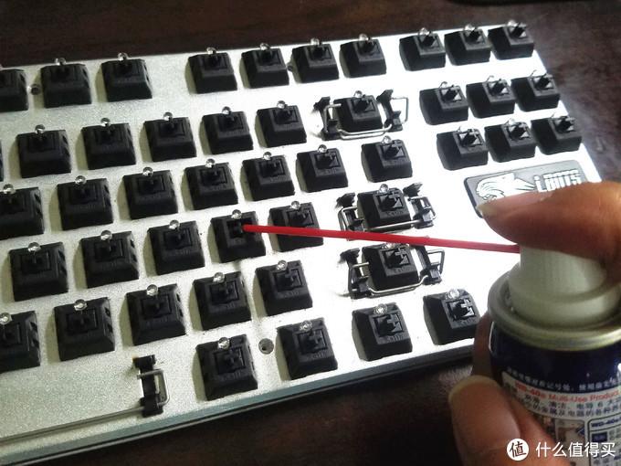 关于机械键盘按键失灵或双击的处理—酒精和WD40到底有没有区别