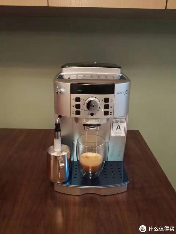 #原创新人#2017剁手回忆录#Delonghi 德龙 22110SB 全自动咖啡机 + 咖啡豆 & 牛奶