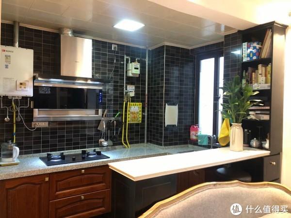 装修 篇一:小开放式厨房,三年后到底成啥样了?