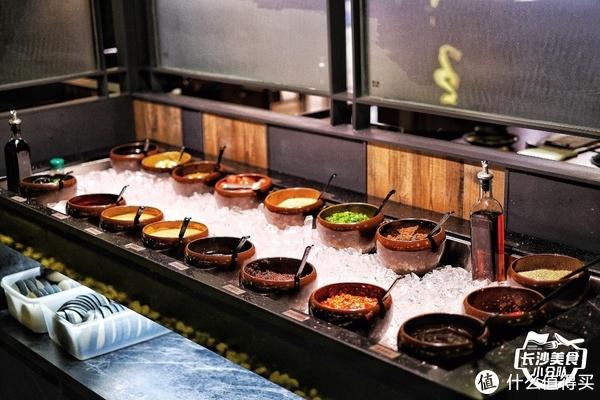 真的好吃吗? 篇九十五:全国600家的京沪网红火锅开到长沙不一样,好评or差评?