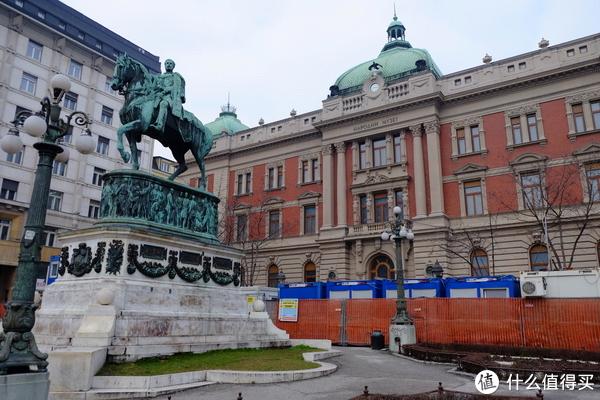 共和国广场米哈伊洛大公雕像国家博物馆