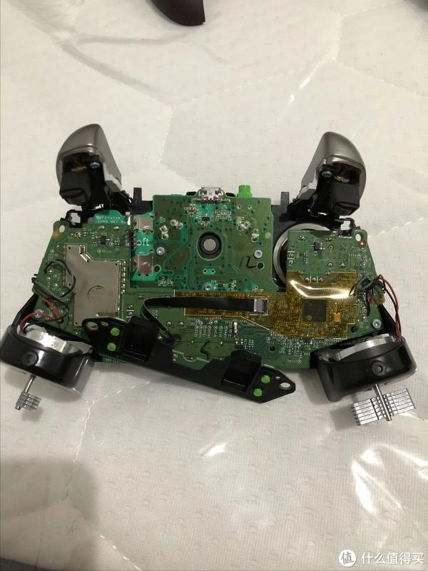 XBOX ONE 精英手柄 更换战争机器限量外壳配件记录