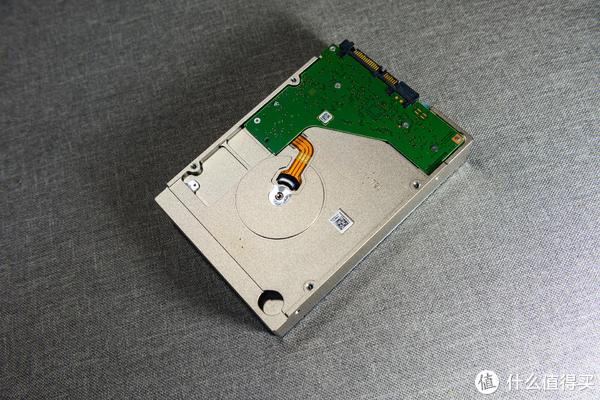 Synology 群晖 DS918+ NAS 及Seagate 希捷 酷狼 10T 硬盘 开箱