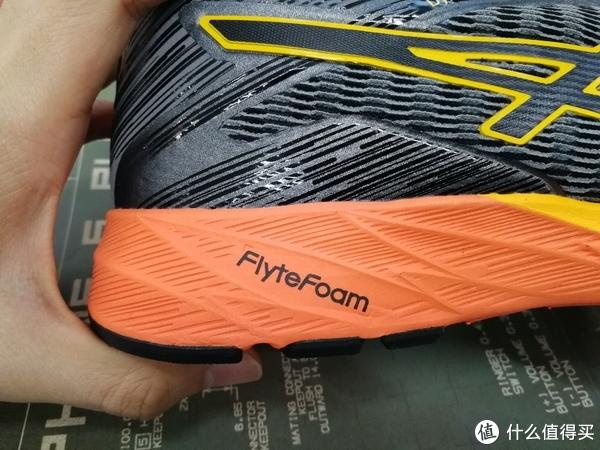 #剁主计划-天津#抄底亚马逊:ASICS 亚瑟士 DynaFlyte 跑鞋 开箱