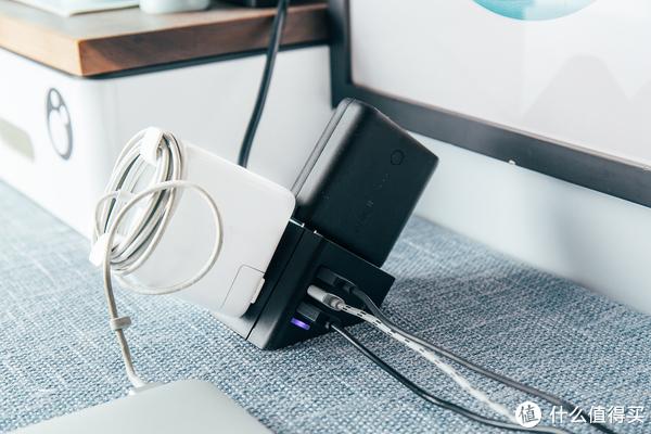 稳若磐石,还桌面一个整洁—PHILIPS 飞利浦 小飞桌面插座、公牛与Powercube魔方插座对比评测
