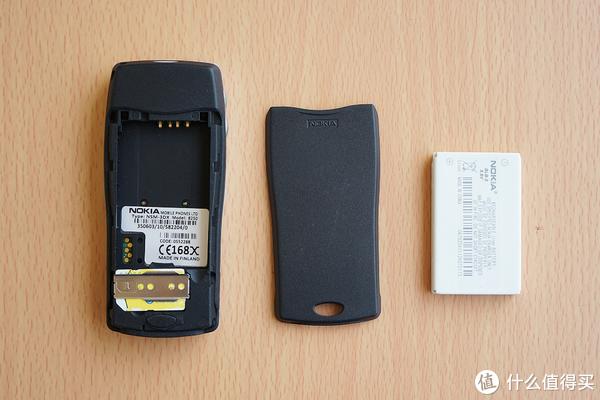 回忆满满的诺基亚手机:NOKIA 8210、8250、8310、3100、3220、QD、N73