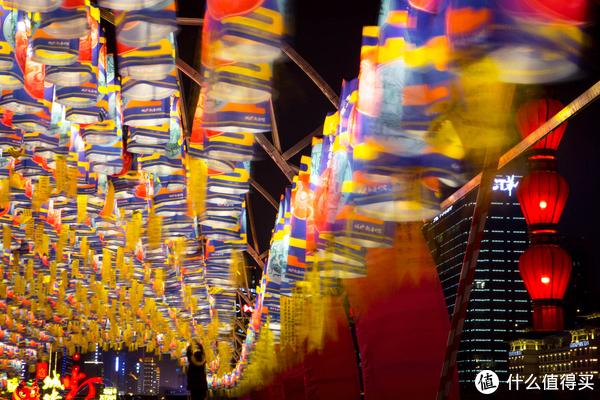 tiu眼中的大西安 篇二:#剁主计划-西安# 2018年西安城墙灯展随拍