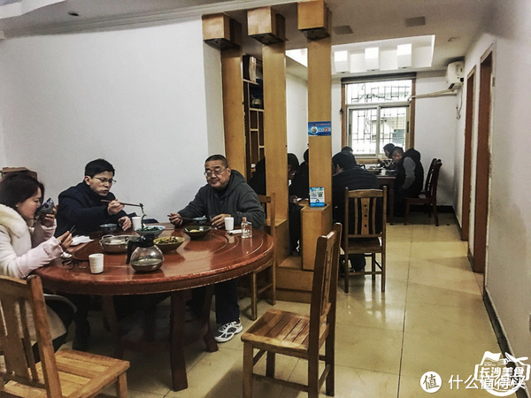 真的好吃吗? 篇九十九:长沙南城开了9年的家菜馆,有一口惊艳的醋炒蛋和芋头牛腩