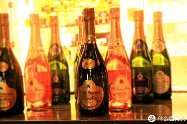 为什么市场上基本没有低于 300 元的香槟?