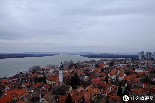 泽蒙塔上远眺多瑙河和萨瓦河