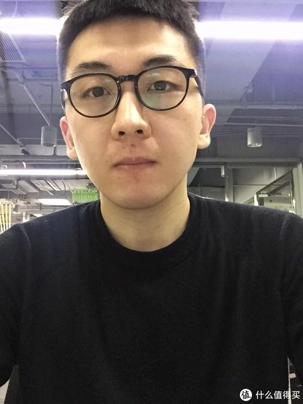 眼镜佩戴如照片