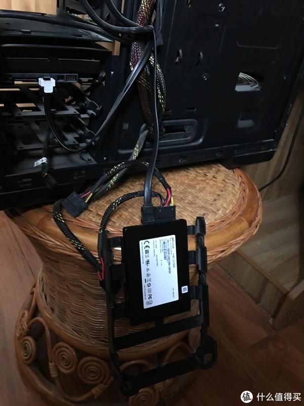 Micron 美光 1100 256g 固态硬盘 安装win10及高斯键盘使用感受