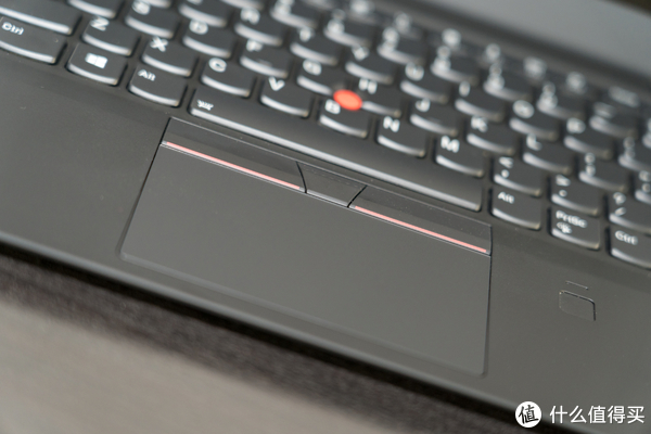 带Dolby Vision的 ThinkPad X1 Carbon 笔记本电脑 评测