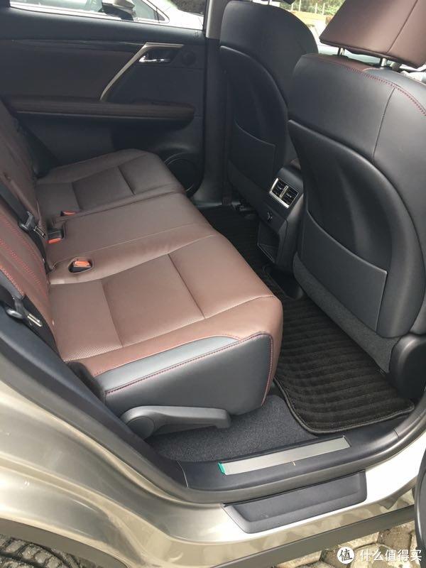 晒晒我买过的好物(2) 篇一:LEXUS 雷克萨斯 RX200t 四驱典雅型及汽车精品