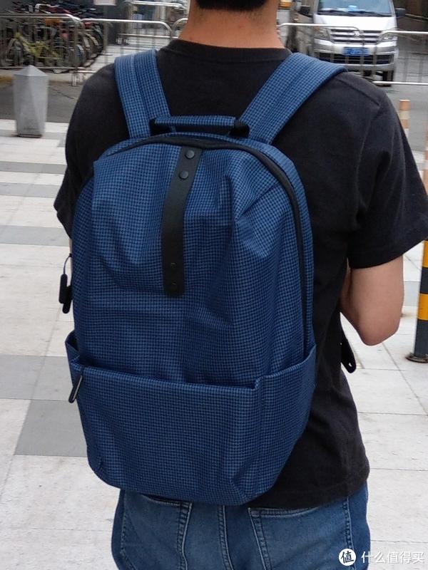 #原创新人#剁主计划-广州#简约中带点萌—MI 小米 学院休闲双肩包 开箱