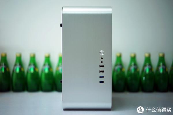 AMD 归来!搭载 Ryzen APU 的 JONSBO 乔思伯 UMX1 PLus ITX PC 机箱