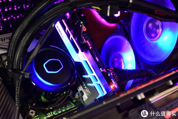 畅玩《孤岛惊魂5》CPU、内存怎么选?Intel 英特尔 8700k CPU+ROG 玩家国度 M10A主板 告诉你