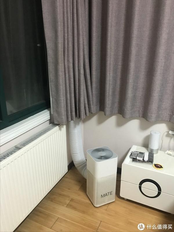 窗帘挡住一半还是不好看