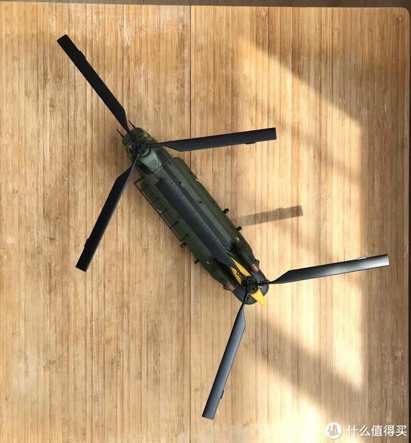 #全民分享季##剁主计划-宁波#CORGI 1:72 加拿大皇家空军 CH-47 支奴干重型直升机限定版