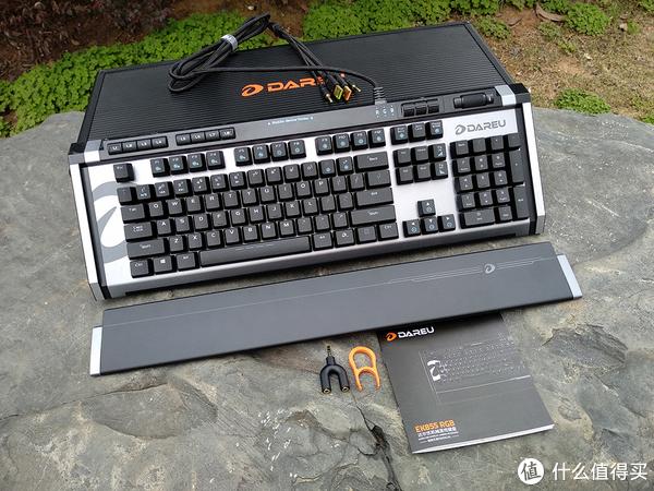军火箱来袭:Dareu 达尔优 EK855 RGB 机械键盘 抢先体验简评