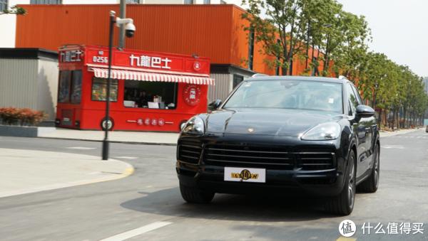 十六年,豪华运动SUV开创者保时捷卡宴依然物有所值吗?