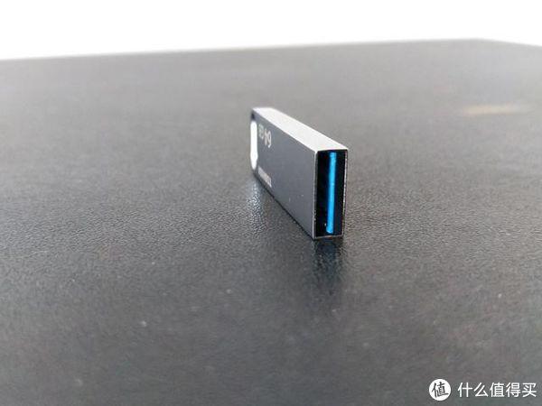 东芝U363 U盘上手体验,颜值性能兼备的价格屠夫!