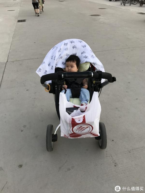 #全民分享季#婴儿车原来可以这么武装