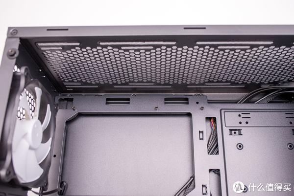 适合桌面摆放的小机箱了解一下?安钛克P6开箱简评