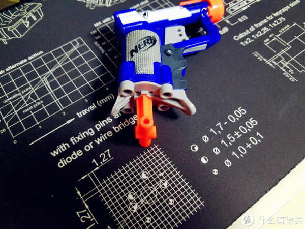 #全民分享季#一把小枪,了解一下—孩之宝NERF软弹枪精英配色JOLT一炮展示体验